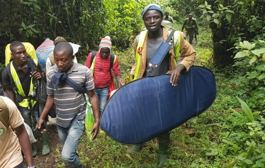 Surfen auf dem Nyiragogo - Aufstieg